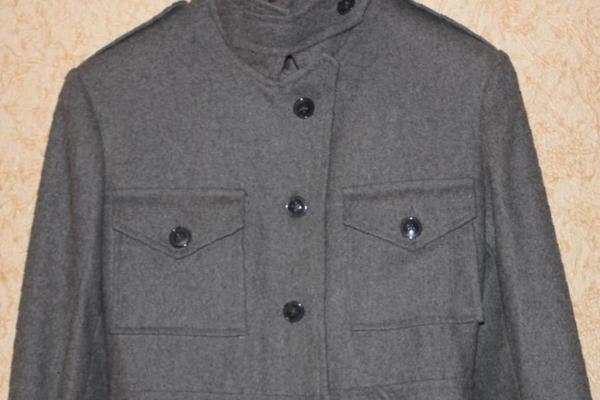961f1b518593 Осеннее молодежное пальто, серое, 40 р, купить в Миассе – объявления ...