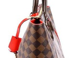 Сумка женская louis vuitton Trousse Vaslav Washbag в Бутурлиновке
