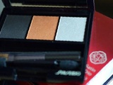 Тени - трио Shiseido OR302 (Fire) новые в Сыктывкаре
