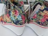 Продам ботинки на платформе (сникерсы) в Ирбите
