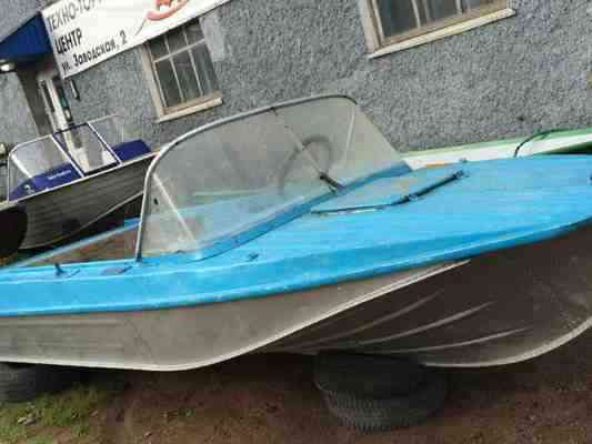 Куплю б у моторную лодку